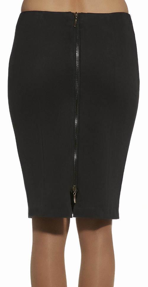 Zip po celé délce zadní strany sukně