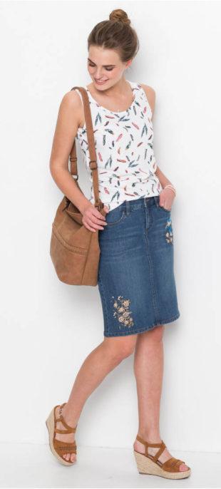 Strečová džínová sukně s výšivkou