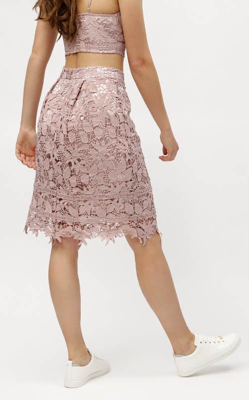 Dámská sukně z háčkované krajky