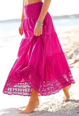 Růžová plážová sukně s krajkou