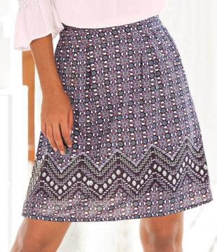 Dámská sukně v lichotivém rozšířeném střihu