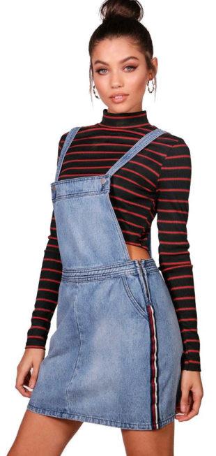 Modrá džínová mini sukně s laclem