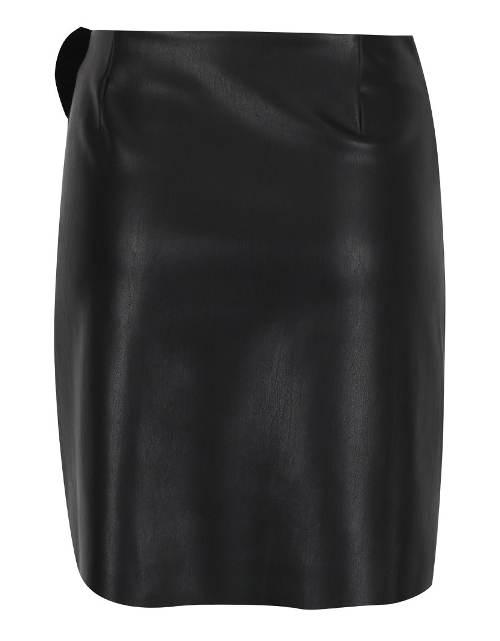 Krátká kožená sukně