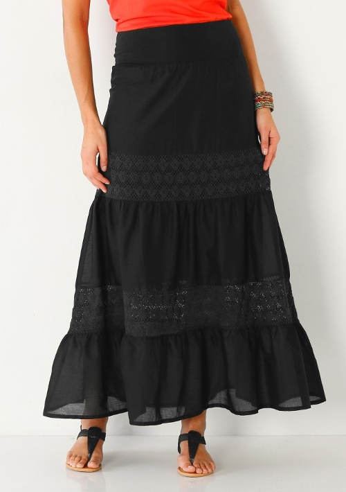 Černá bavlněná sukně s krajkou