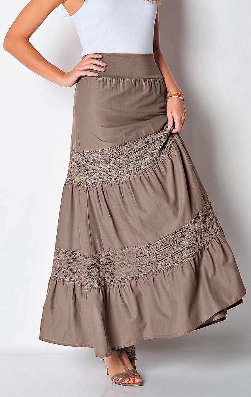 Dlouhá dámská sukně s krajkovými vsadkami