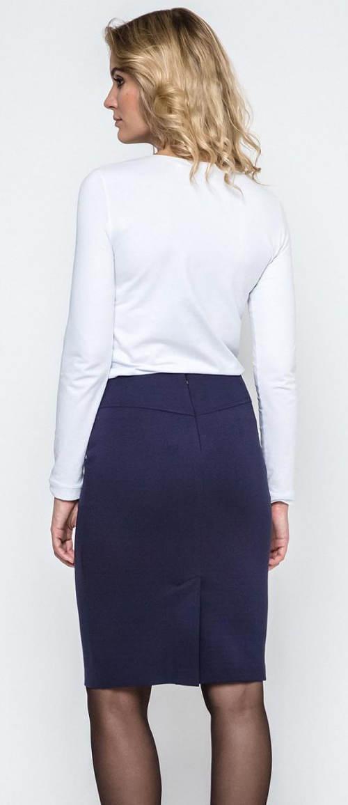 Tmavě modrá sukně ke kolenům