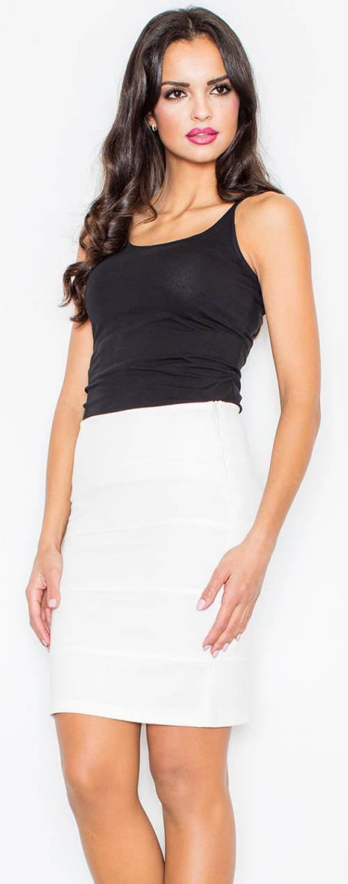 Bílá sukně k černému tílku