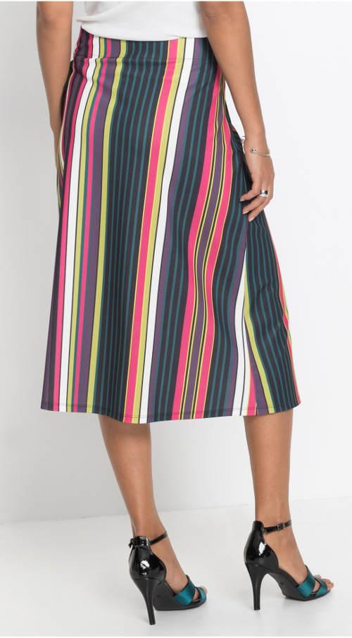 Delší pruhovaná sukně