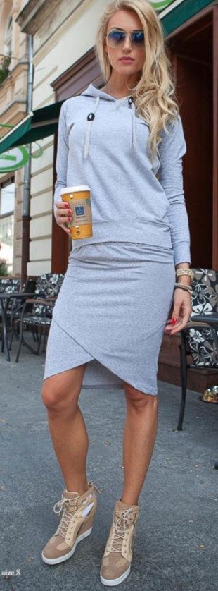 Podzimní souprava mikiny a úpletové sukně