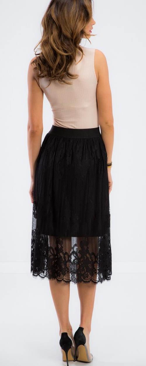 Průsvitná krajková sukně se spodničkou