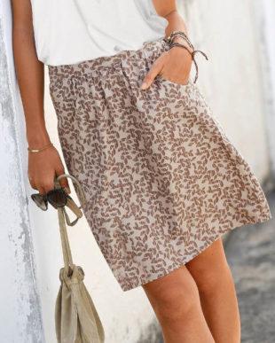 Vzdušná a lehká sukně s kapsami