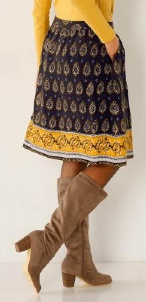 Dámská sukně ke kozačkám