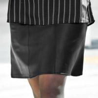 Koženková sukně pro plnoštíhlé