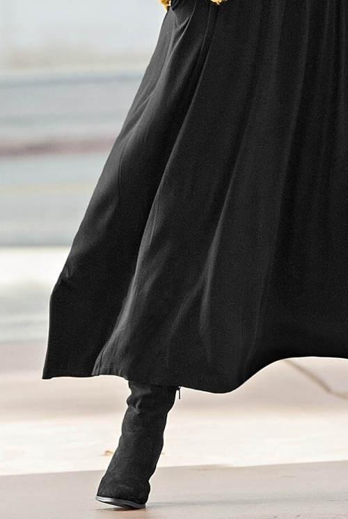 Sukně pro plnoštíhlé do chladnějšího počasí
