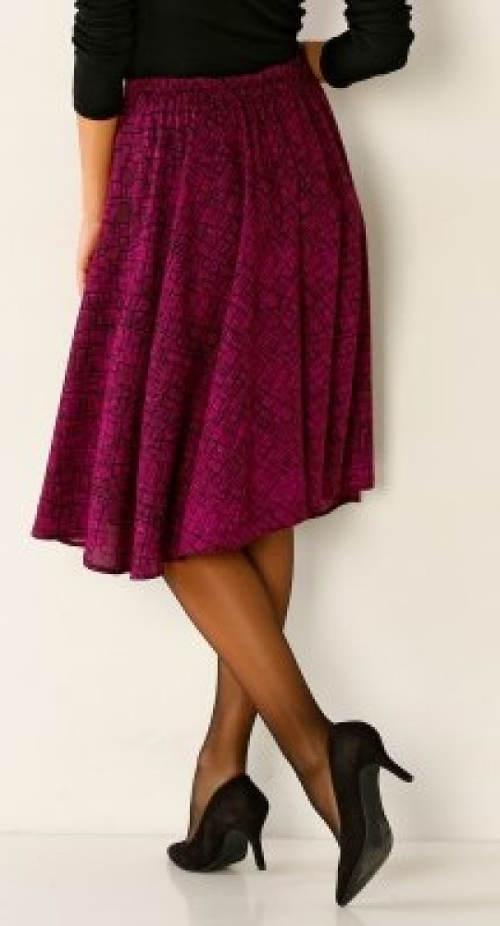 Vzdušná společenská sukně ke kolenům