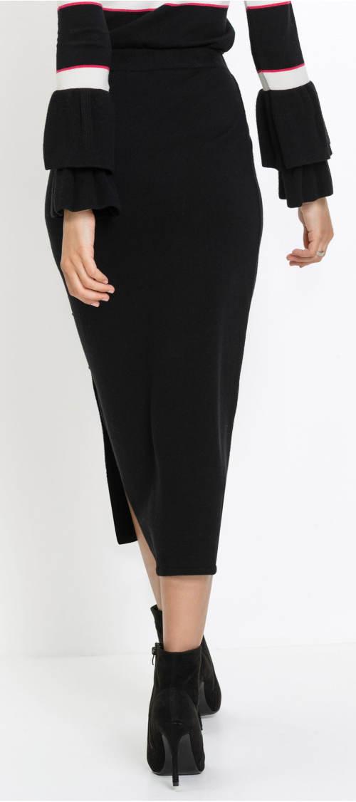 Černá pletená zimní sukně