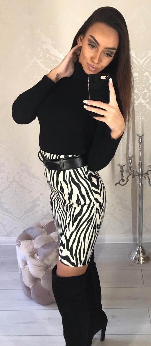 Černobílá zebrovaná sukně