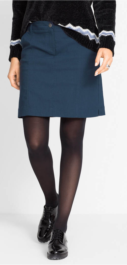 Modrá zimní sukně ke svetru