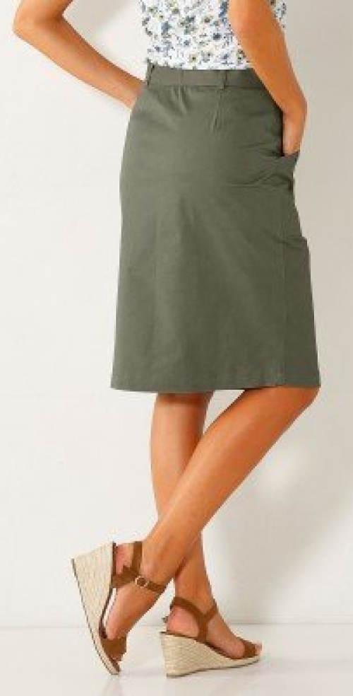 Jednoduchá dámská sukně s kapsami