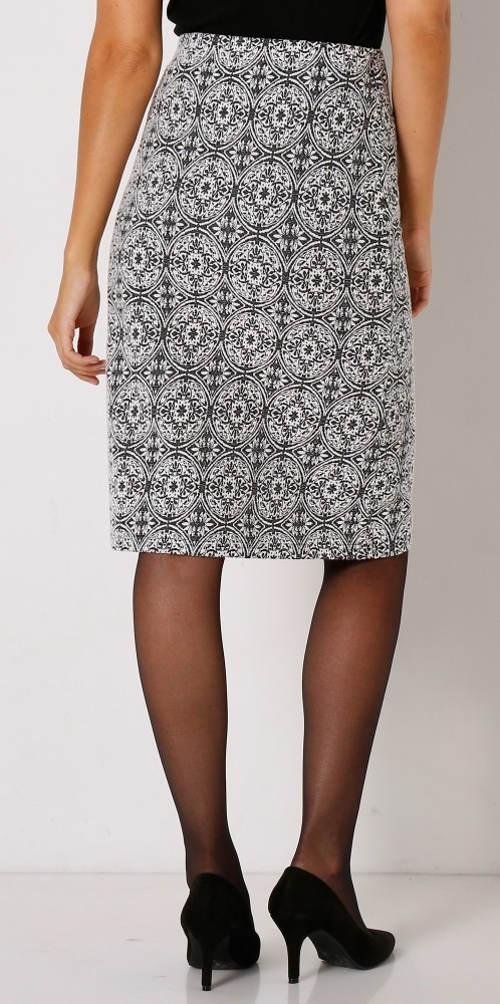Levná dámská sukně ke kolenům