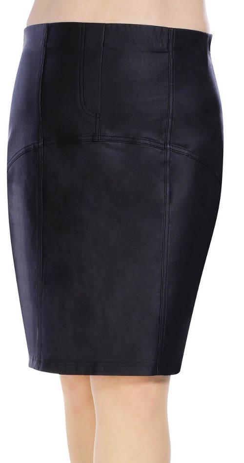 Černá koženková sukně nadměrných velikostí
