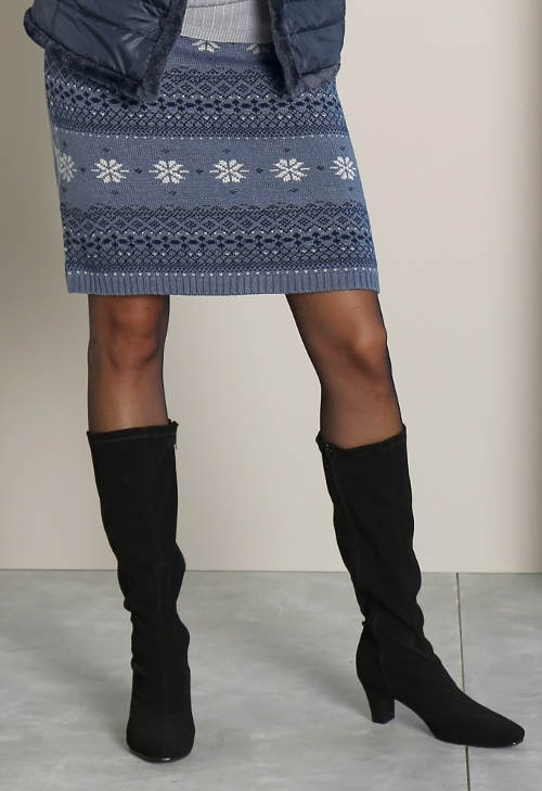 Modro-šedá zimní sukně k vysokým kozačkám ... 5f1fe8ee52