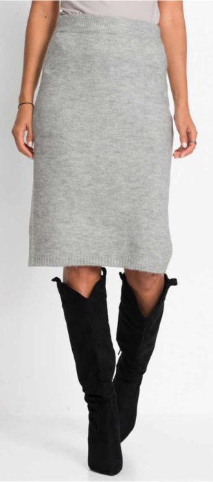 Pletená dámská sukně ke kozačkám