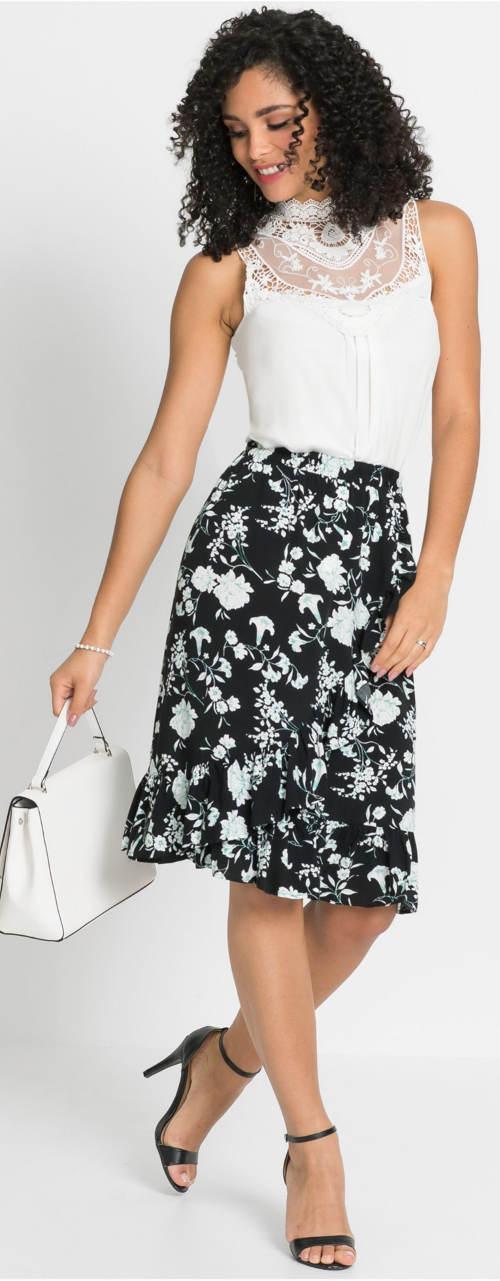 Černá sukně k bílé halence
