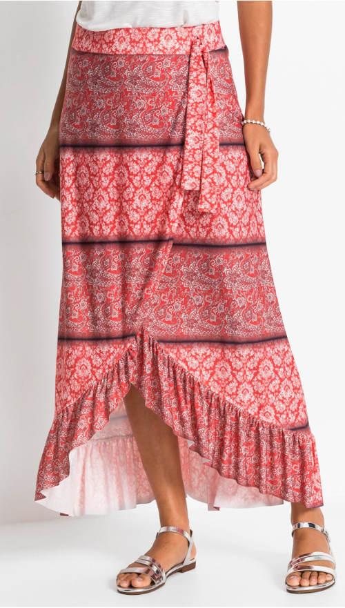 Krásná sukně s volány v zavinutém vzhledu