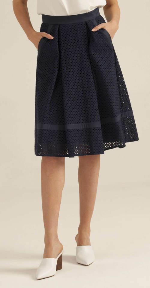 Luxusní sukně Pietro Filipi z vyšívané krajky