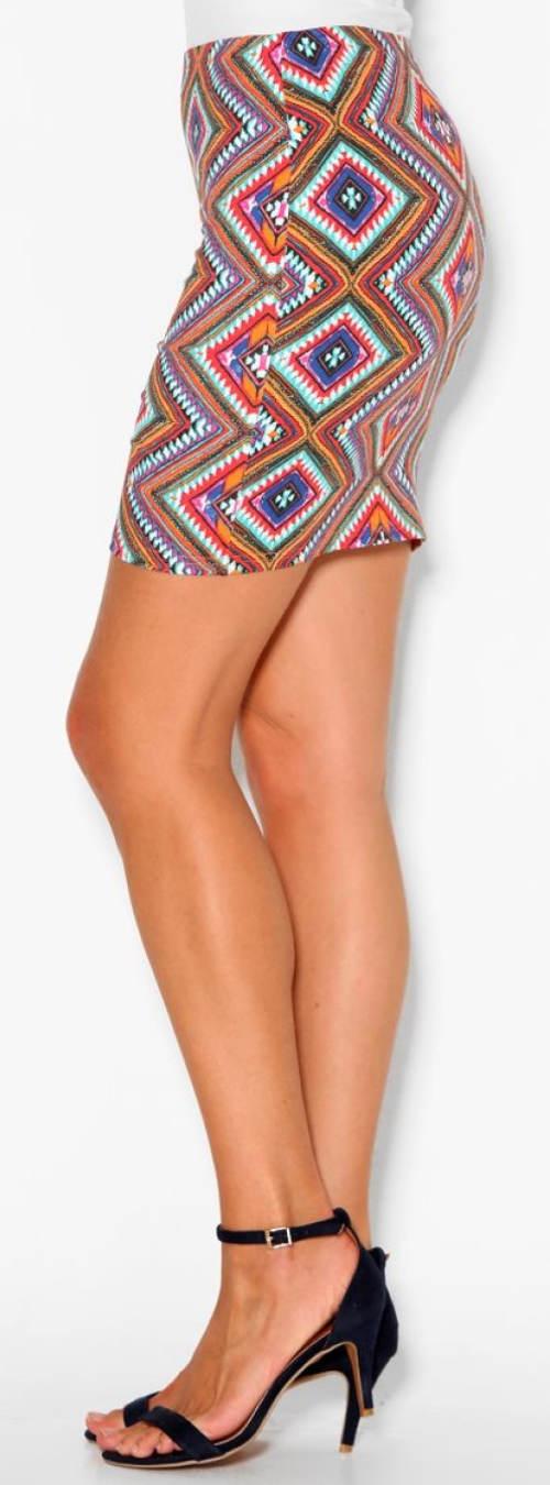 Etno mini sukně pro plnoštíhlé