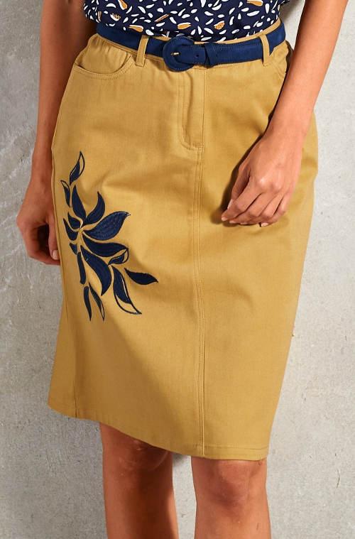 Rovná sukně s výšivkou květiny