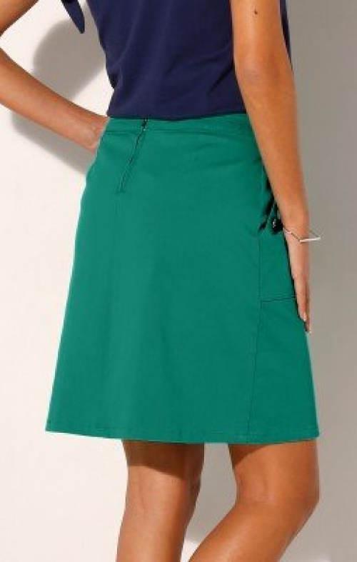 Zelená sukně pro plnoštíhlé
