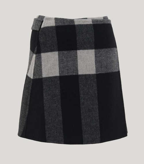 Krátká károvaná vlněná sukně