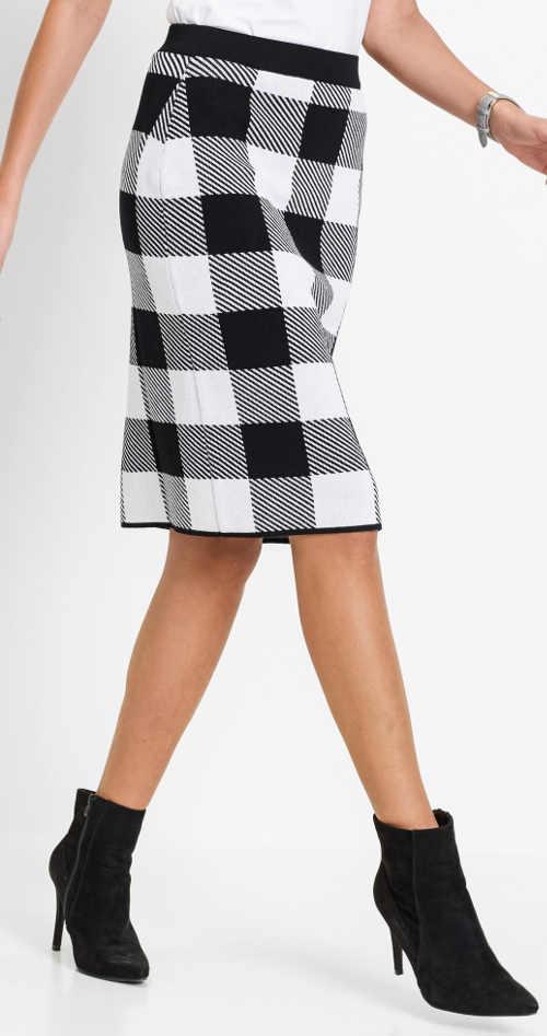 Černobílá kostkovaná sukně z hřejivého úpletu
