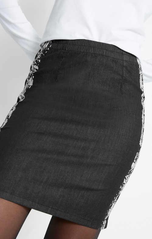 Černá riflová sukně s pohodlnou gumovou pasovkou
