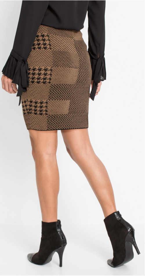 Krátká dámská sukně z károvaného úpletu