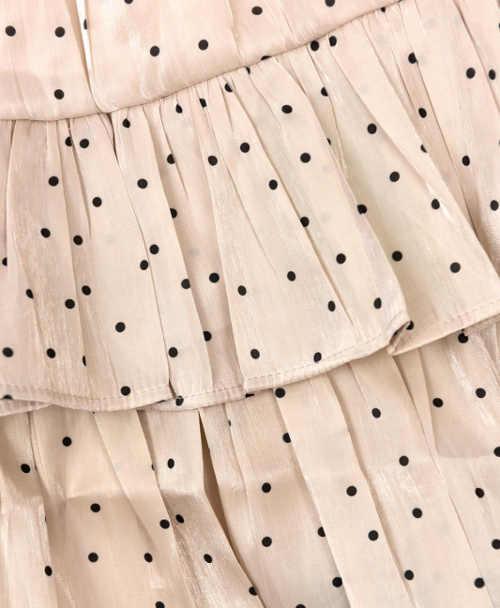 Krátká volánová dámská sukně s drobnými puntíky