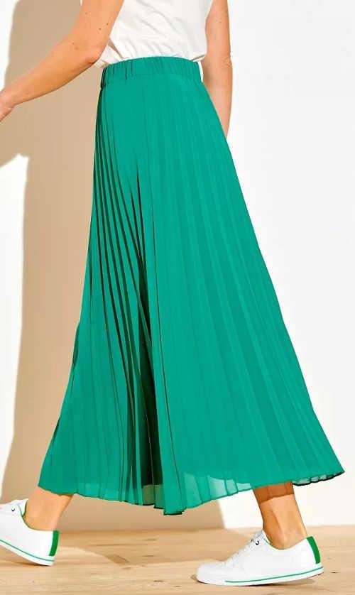 Dlouhá lehká letní sukně s plisováním