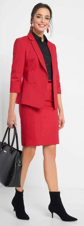 Červená sukně ke kolenům do práce