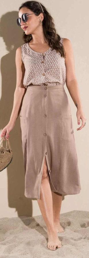 Jednobarevná midi sukně s knoflíky na přední straně