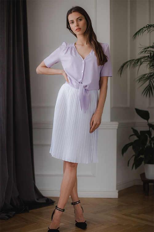 Dámská bílá plisovaná sukně v midi délce