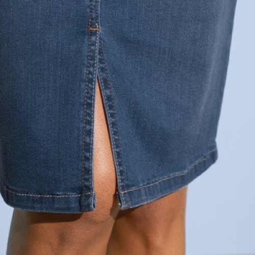 Dámská denimová sukně ke kolenům