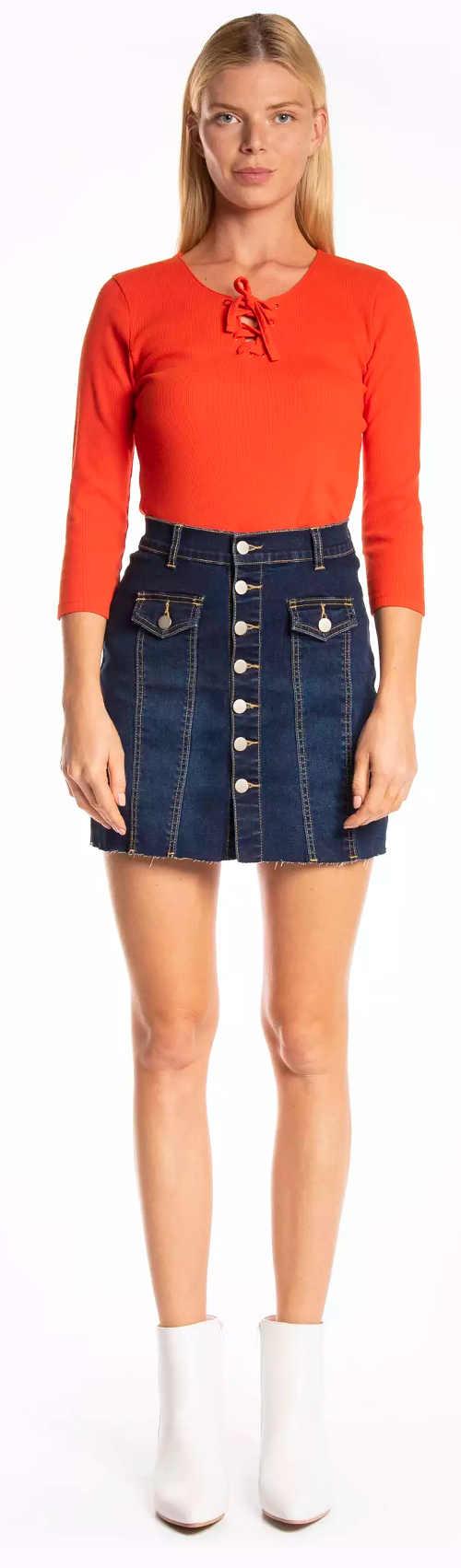 Krátká džínová sukně s předními knoflíky po celé délce