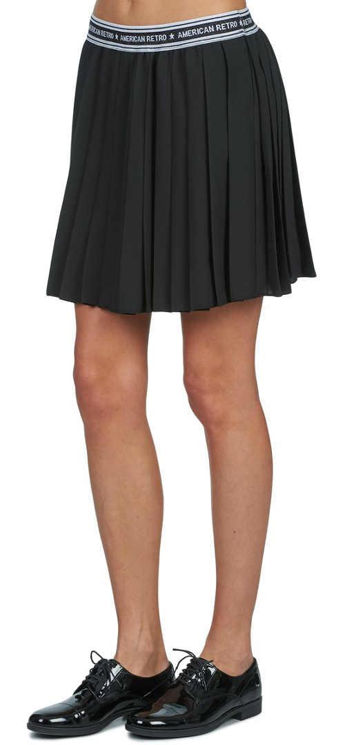 Krátká skládaná černá letní sukně do gumy