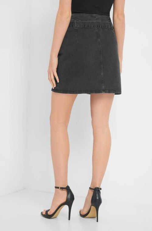 Mini sukně ze šedého denimu s páskem