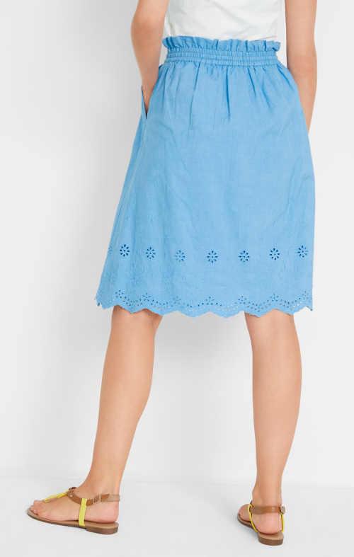 Moderní dámská sukně z bavlny a dírkovaným vzorem