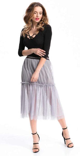 Dlouhá dámská sukně z lehkého a příjemného materiálu