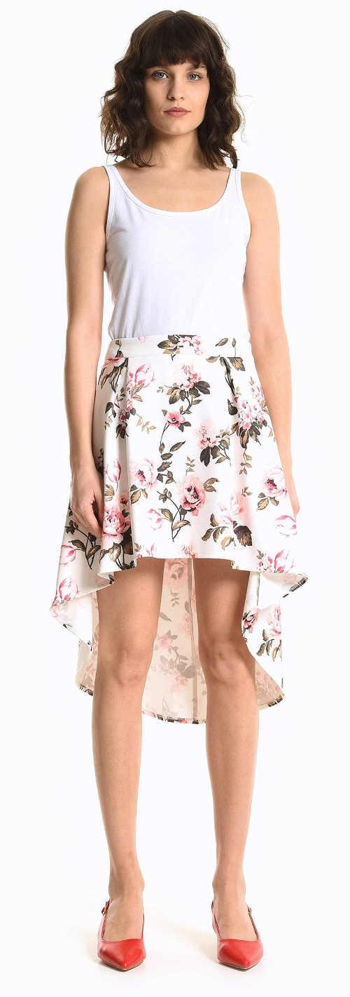 Asymetrická áčková sukně na léto