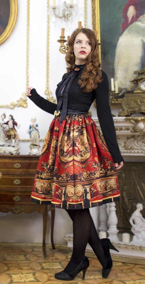 dámská áčková sukně v midi délce vzorovaná